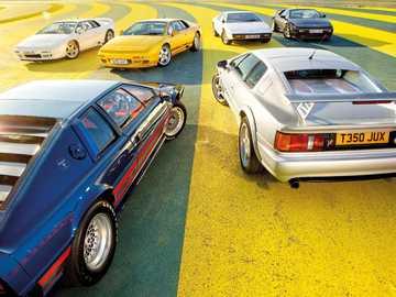 Lotus Esprit - To jest zdjęcie wszystkich modeli samochodów z lat 1972-2004