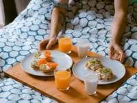 Desayuno de cumpleaños en la cama para mi dulce marido, en Barcelona
