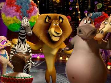 "[Blu-ray] ""Madagascar 3"": I bend my body boldly to - ""A noble man does not make promises, but does more than he has promised."""