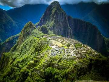 Machu Picchu es la ciudad Inca del siglo XV. - Machu Picchu es una ciudad inca del siglo XV ubicada en Perú.