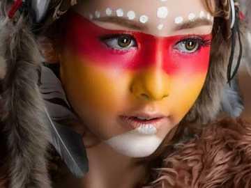 Maskenbildnerin - Make-up Mädchen ...............