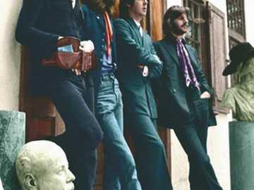 The Beatles -Los cuatro fabulosos de Liverpool - The Beatles -Los cuatro fabulosos de Liverpool