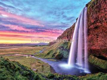 Wodospad i zachód słońca - Wodospad i zachód słońca