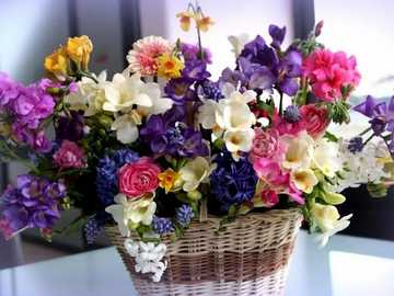 Bouquet of flowers in the basket - Bouquet of flowers in the basket