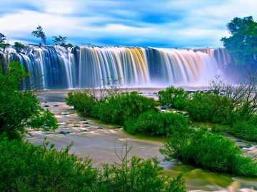 Malowniczy krajobraz- wodospad - Malowniczy krajobraz- wodospad