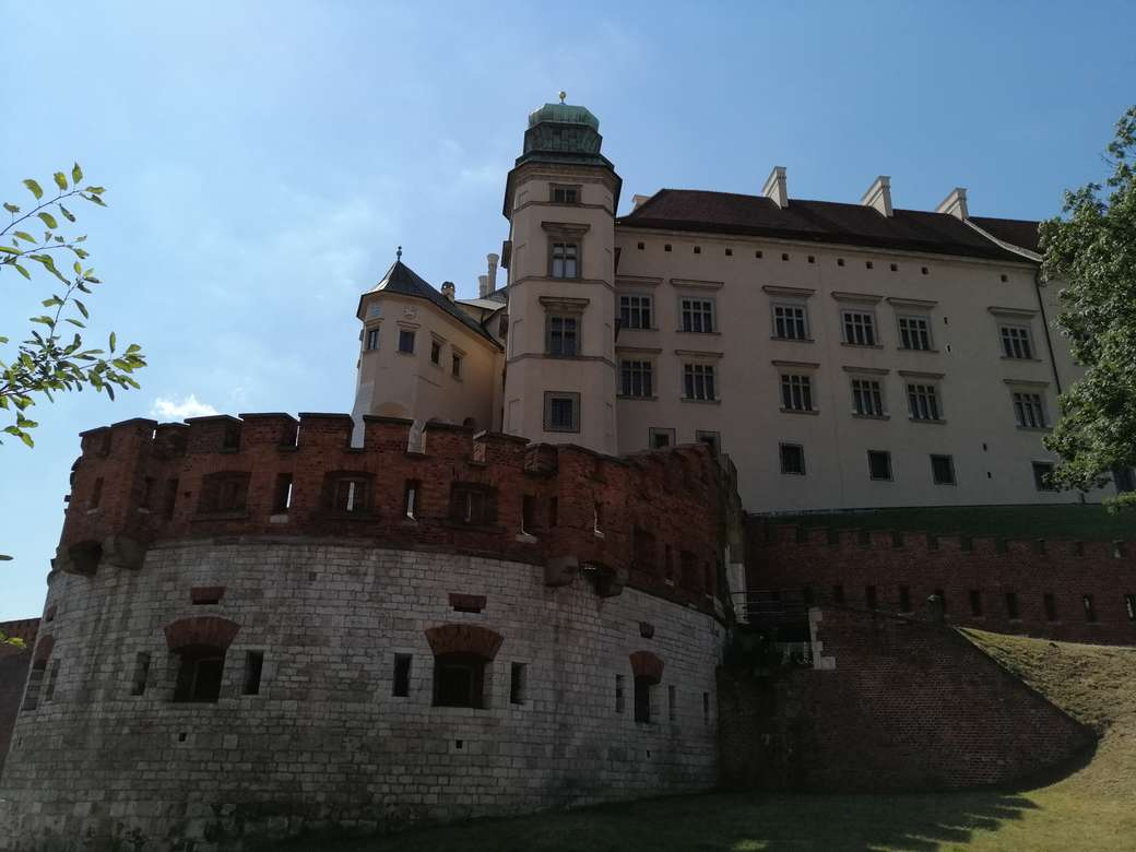 na Cracóvia - Castelo Real Wawel, caponier sob o Kurza Stopka (11×8)