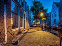 Calle, North Dutch Canal, Países Bajos, Años - Street, North Dutch Canal, Holanda, Linternas, Alkmaar,