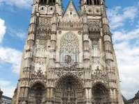 Rundturer Saint Gatien-katedralen