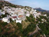 Планинско селище Миртиос на южния бряг на Крит