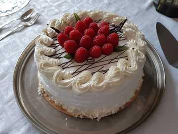 gâteau aux framboises délicieux - Délicieux gâteau aux framboises que je recommande