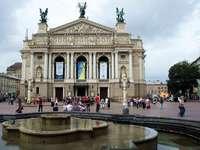 lwów- Teatro de Ópera y Ballet