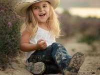 Bébé cowgirl ...........