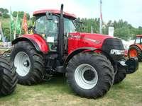traktor... - m ........................
