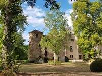 Замъкът на Аултерибе