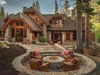 fából készült ház ingatlannal