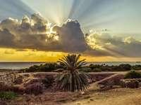 A királyok sírjai - Ciprus - Paphos nézet a ásatásokról
