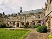 Chichester University södra England