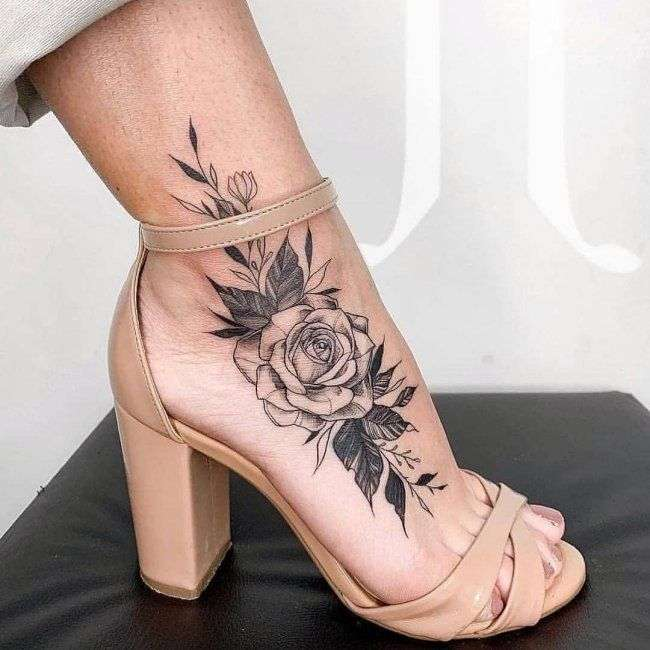 tatuaj pentru femeie (9×9)