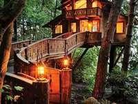 stuga i skogen - m .......................