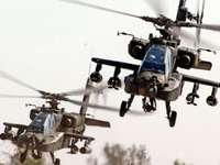 Apaches trainen - Apaches trainen aanval