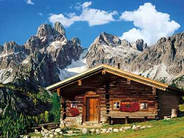 Log cabin in the mountains - Log cabin in the mountains