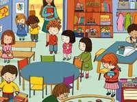 Im Kindergarten - Der Kindergarten ist voller Spielzeug.