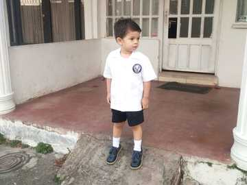 JUAN BABY - THE CHILD RECOGNIZES THE PRETTY OF STUDYING