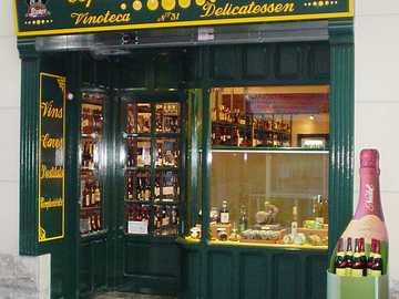 ESPECIALITATS LLORET - Foto de la fachada de la tienda