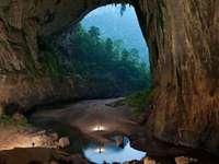 Vietnam - die größte Höhle der Welt - m ......................
