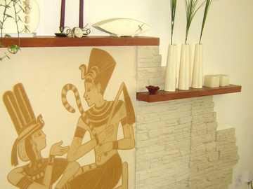 płaskorzeźba - płaskorzeźba na ścianie