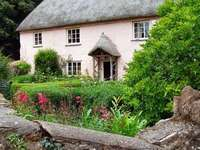 Szép házikó Angliában