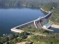 bieszczady - ein Damm in Solina