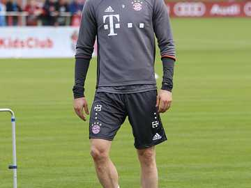 robert lewandowski - m .....................