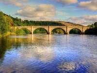 Puente de Perth sobre el río Tay Escocia - Puente de Perth sobre el río Tay Escocia