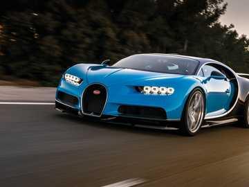 Bugatti Chiron - m ....................