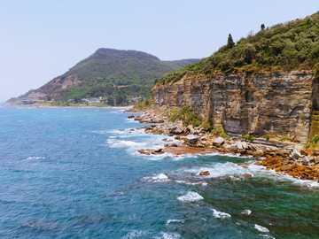 Stanwell encabeza Sydney NSW Australia - acantilado de la montaña que ve el mar azul durante el día.