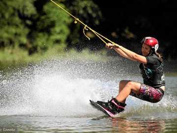 Водни спортове - м ............................