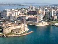 Italien-Taranto - Meer