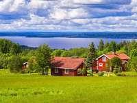 Piros házak a tónál, Svédországban