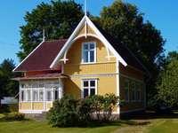 Дървена къща в Швеция