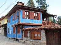Bolgár kék ház