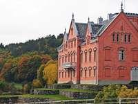 Halland-kastély, Svédország