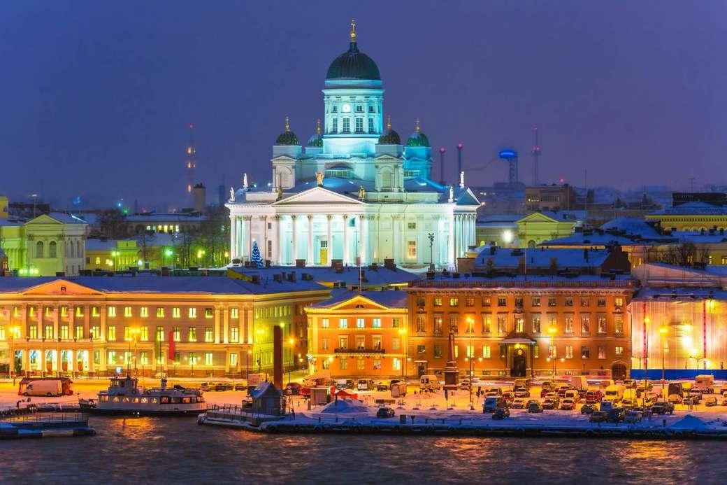 Helsingfors stadsbild på natten Finland
