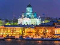 Helsinki városkép éjjel, Finnország