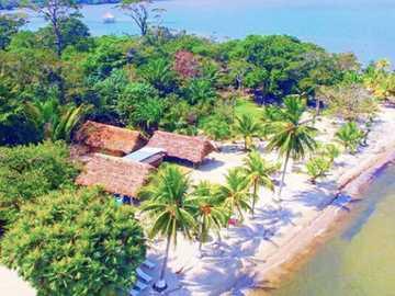 Plage blanche - Playa Blanca est une destination touristique située dans le département d'Izabal et caractér