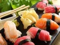 Japanisches Gericht - Nigiri-Sushi
