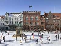 Miasto Esbjerg w Danii zimą - Miasto Esbjerg w Danii zimą
