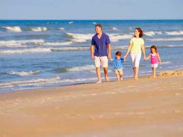 walk on the beach - m ...................