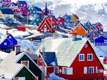 Colorful houses on Greenland - Colorful houses on Greenland
