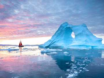 Sailing ship in front of the ice formation off Greenland - Sailing ship in front of the ice formation off Greenland